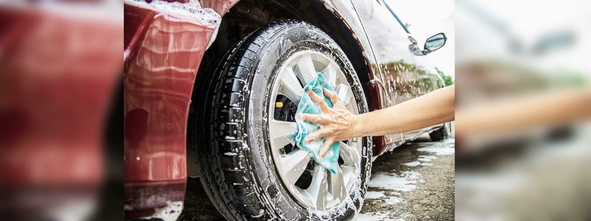 Lave su auto y déjelo como nuevo