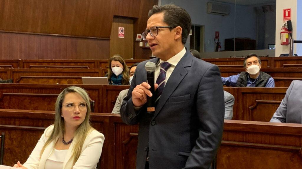Freddy Carrión dice que el exministro de Salud le ofreció la lista de vacunados VIP