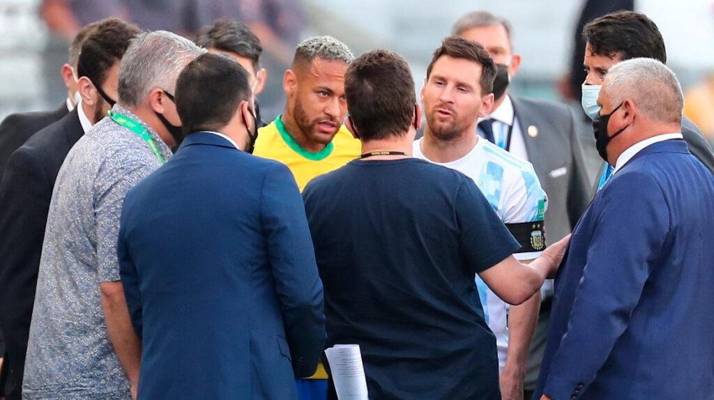 """El partido Brasil-Argentina se debería """"definir en la cancha"""", dice Conmebol"""
