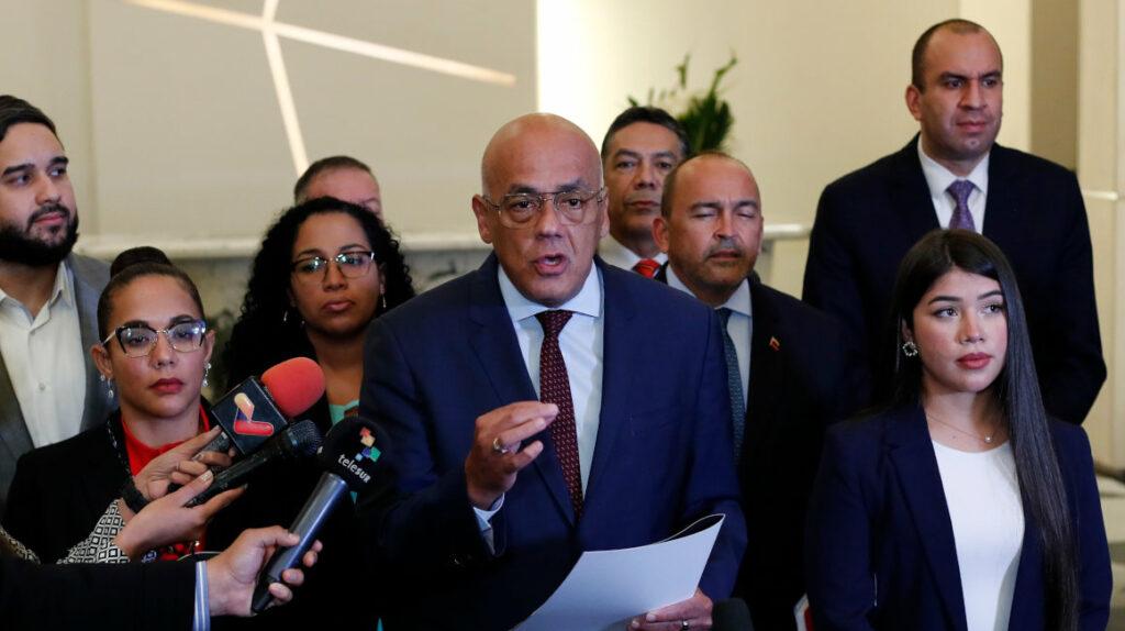 Gobierno y oposición de Venezuela logran primeros acuerdos en ronda de diálogos