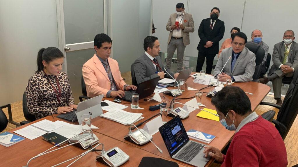 Fiscalización recomienda al Pleno el juicio político contra Freddy Carrión