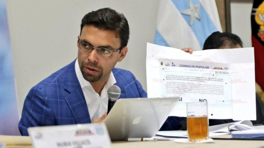 El 9 de diciembre de 2016, Juan Pablo Pozo presentó el modelo de papeleta para la consulta popular sobre los paraísos fiscales.