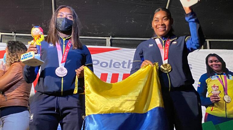 Poleth Mendes y Anaís Méndez, durante un homenaje en Tumbatú, el 5 de septiembre de 2021.