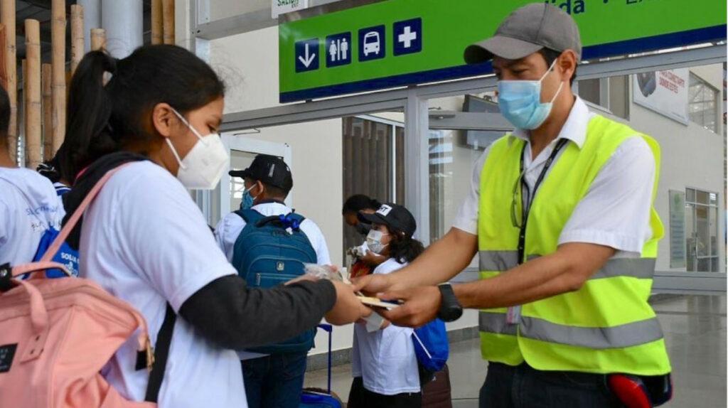 Viajeros que ingresen a Galápagos ahora solo necesitan PCR negativa