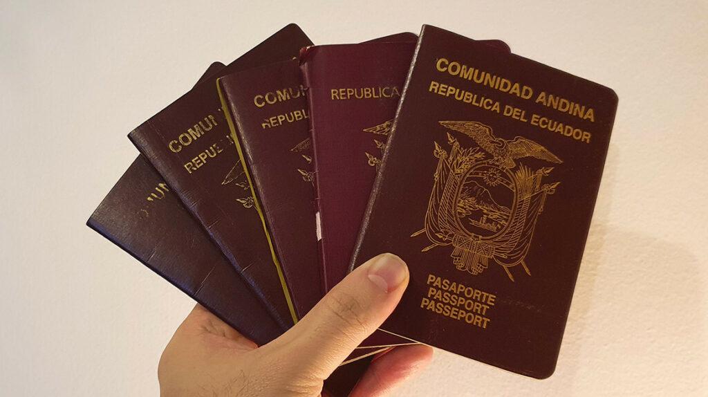 Un pasaporte débil coloca a Ecuador en el puesto 62 en el ranking 2021
