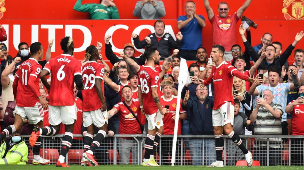 Cristiano Ronaldo anota un doblete en su regreso al Manchester United
