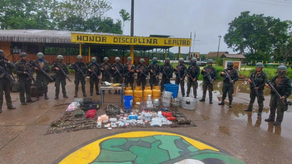 Descubren otra base de grupos irregulares en frontera con Colombia