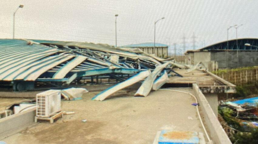 Los explosivos dañaron los techos de uno de los pabellones de la Penitenciaría, el 13 de septiembre de 2021.