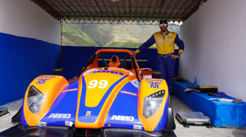 Xavier Villagómez, uno de los pilotos que correrá las Seis Horas de Ecuador.