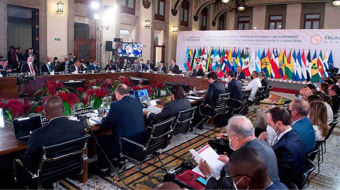 Sesión de la cumbre presidencial de la Comunidad de Estados Latinoamericanos y Caribeños (Celac), en Palacio Nacional de la Ciudad de México, el 18 de septiembre de 2021.
