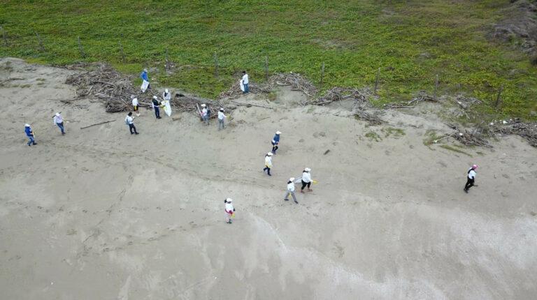 Voluntarios recogieron 35.261 kilogramos de basura en playas y ríos del país