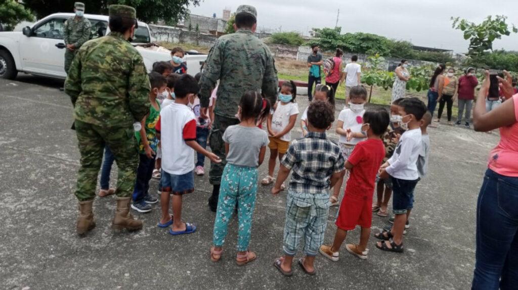 Escuela en Quevedo, militarizada tras ataque de delincuentes