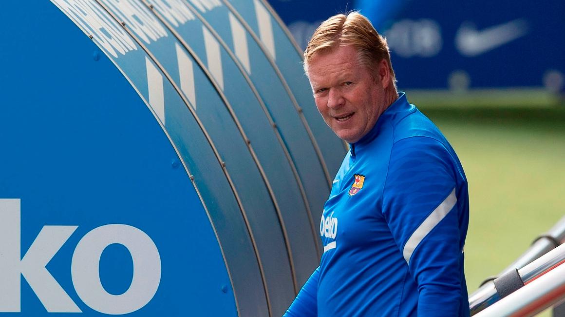 El técnico neeerlandés del FC Barcelona, Ronald Koeman, al inicio del entrenamiento de este miércoles 22 de septiembre previo al encuentro contra el Cádiz.