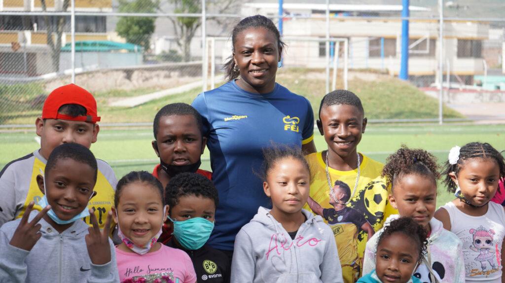 Vanessa Chalá ayuda a los jóvenes de su barrio con su escuela de judo