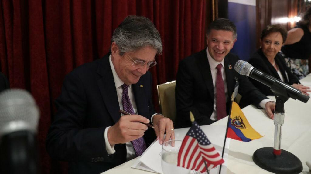AB InBev se compromete a invertir USD 100 millones en Ecuador