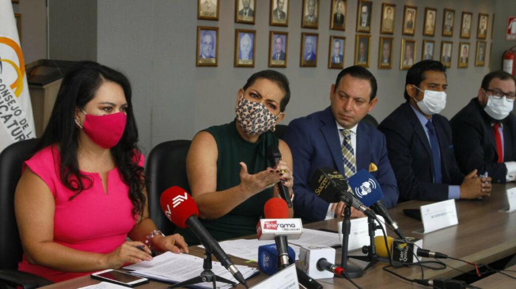 Ecu-911 recibe 289 llamadas diarias por violencia intrafamiliar en el país