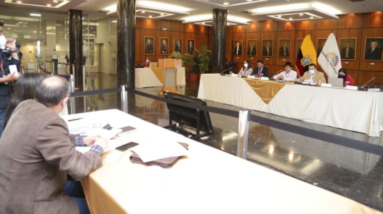 Por tercera vez, el Comité de Ética suspende audiencias del caso Bella Jiménez