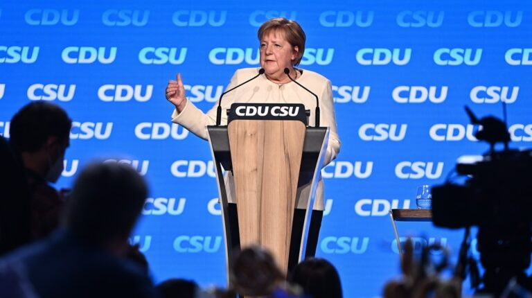 Alemanes se preparan para los comicios que marcan el fin de la