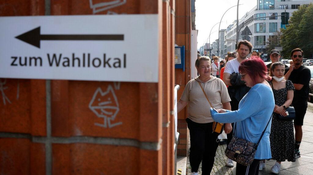 Alemania: dos partidos luchan por ocupar la cancillería en una reñida elección