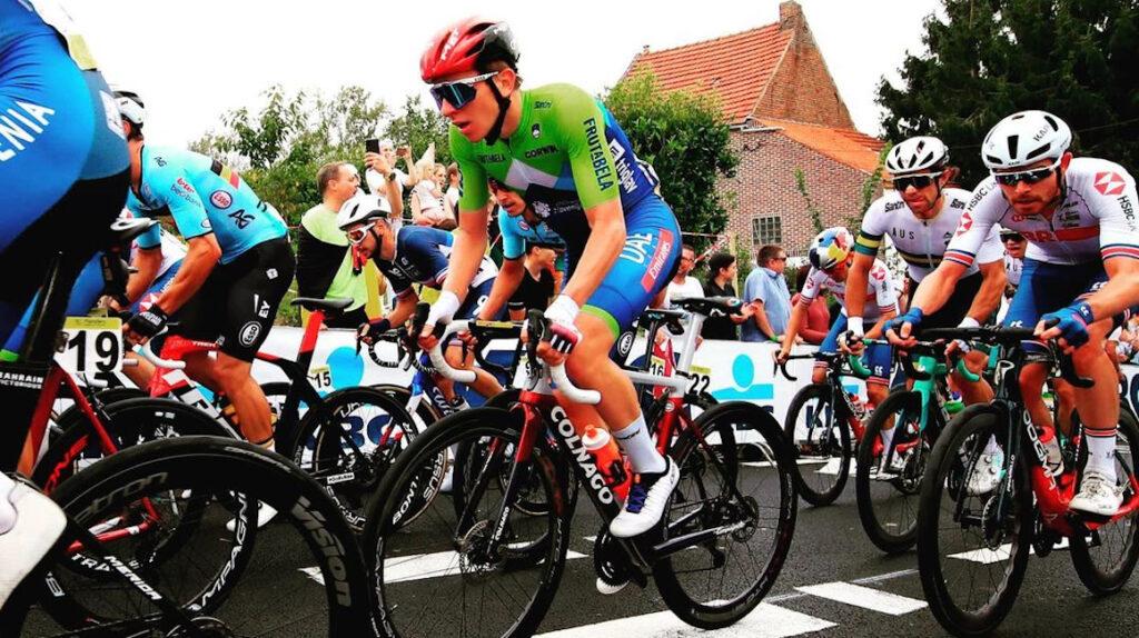 Tadej Pogacar retoma el primer lugar del ranking de ciclistas de la UCI