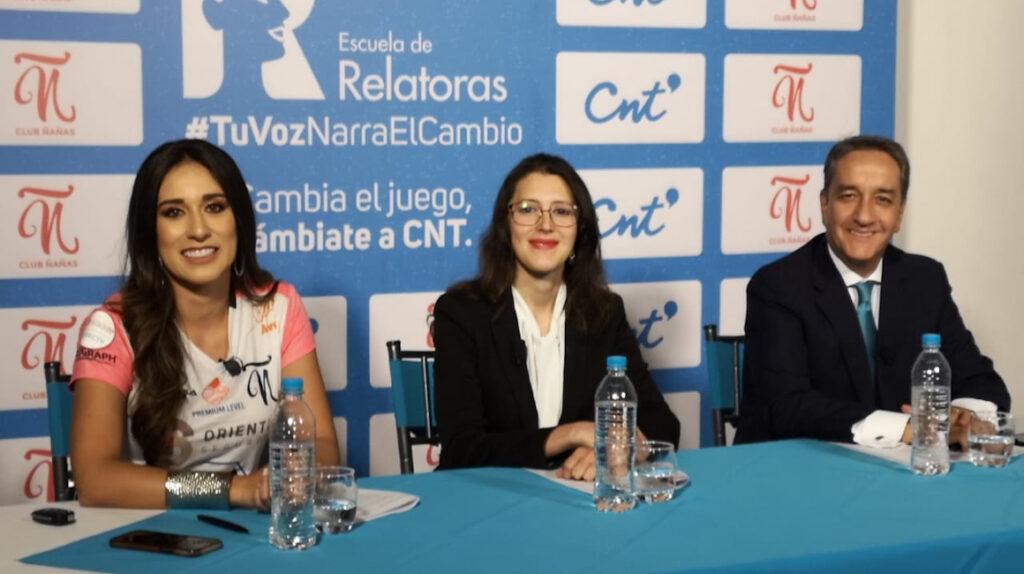 Se abre en Ecuador la primera Escuela de relatoras de fútbol