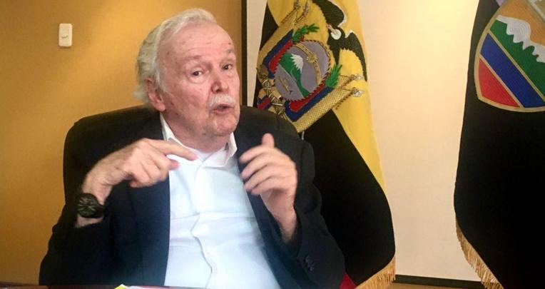 William Birkett, titular de la Dirección General de Aviación Civil (DGAC).