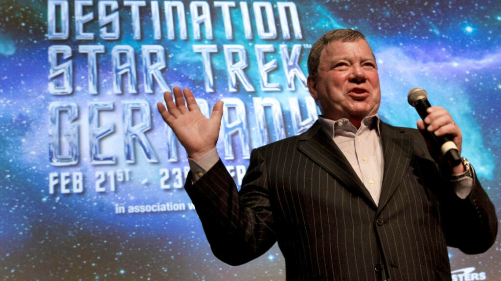 William Shatner, el capitán Kirk de 'Star Trek', viajará al espacio en la vida real