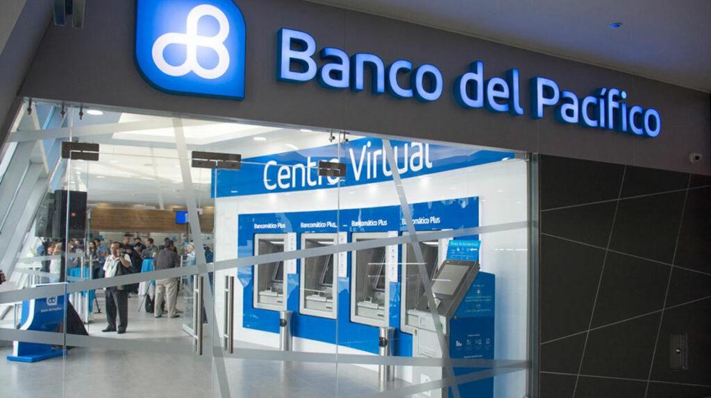 Dos grupos peruanos interesados en comprar el Banco del Pacífico