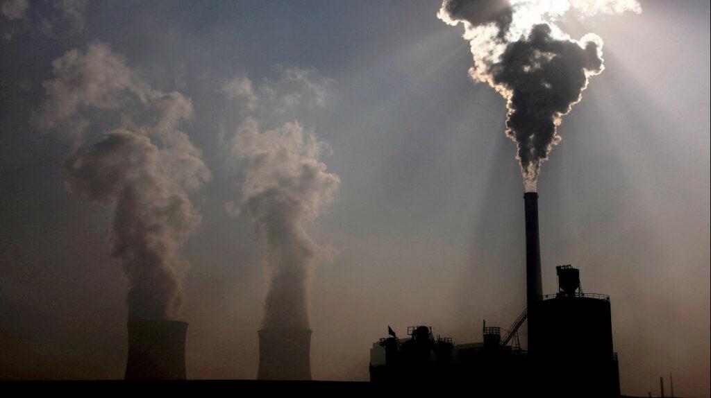 Europa y Estados Unidos presionan a China para que eleve sus metas contra el cambio climático