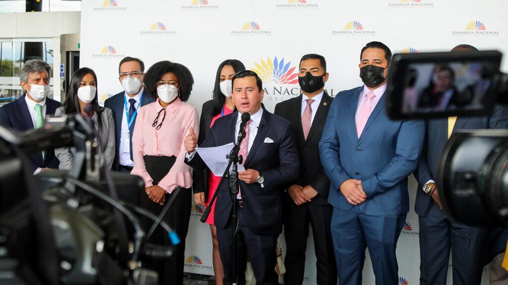 UNES y Pachakutik intensifican el ruido contra Lasso por los 'Pandora Papers'