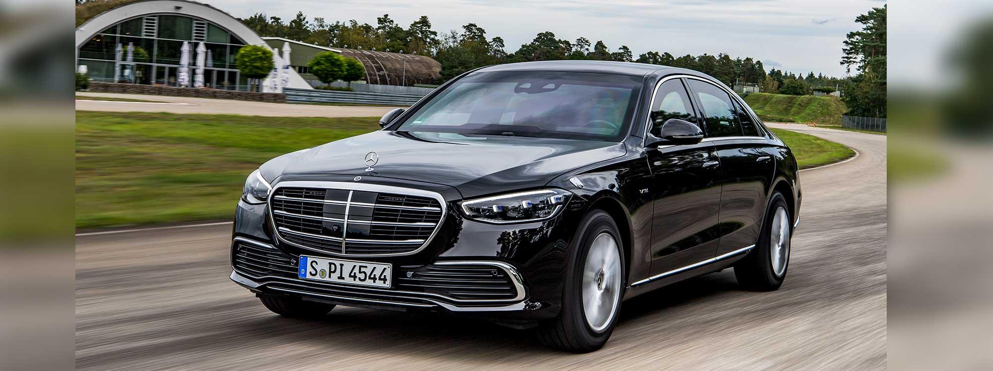 Nuevo modelo Mercedes Benz con protecciones especiales de seguridad