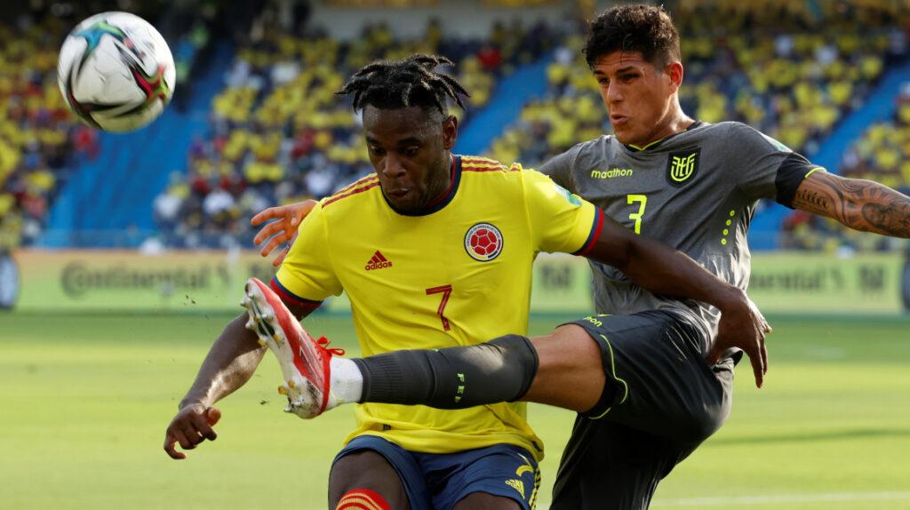 Ecuador sufre, empata ante Colombia y sigue en zona de clasificación