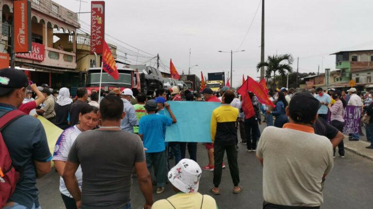 Vías de Guayas y Los Ríos, cerradas por protestas de agricultores