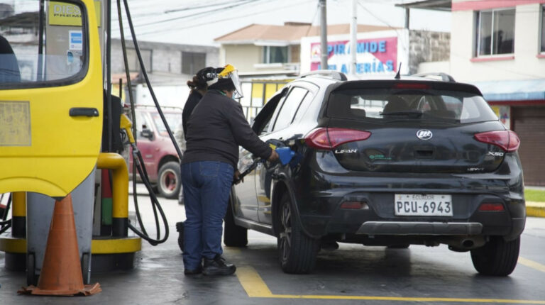 Precios de las gasolinas y del diésel subirán por lo menos hasta 2022
