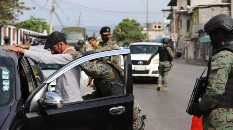 Autoridades de Guayas buscan salidas a la inseguridad por separado