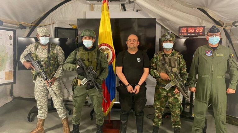 Dairo Antonio Úsuga, alias 'Otoniel', máximo cabecilla del Clan del Golfo, tras su captura, el 23 de octubre de 2021.
